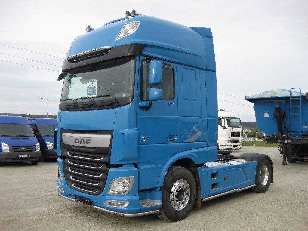 Daf Xf 510 Ft Ssc 4x2 7504 as well 18 Wheeler furthermore Sustainable Vehicle Practices 2 besides bigtruckguide in addition M1070 het. on semi tractor trailer weight
